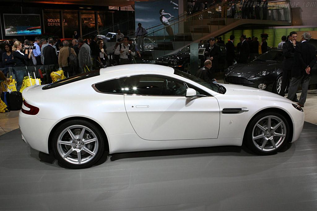 Aston Martin V8 Vantage Sportshift    - 2006 Mondial de l'Automobile Paris