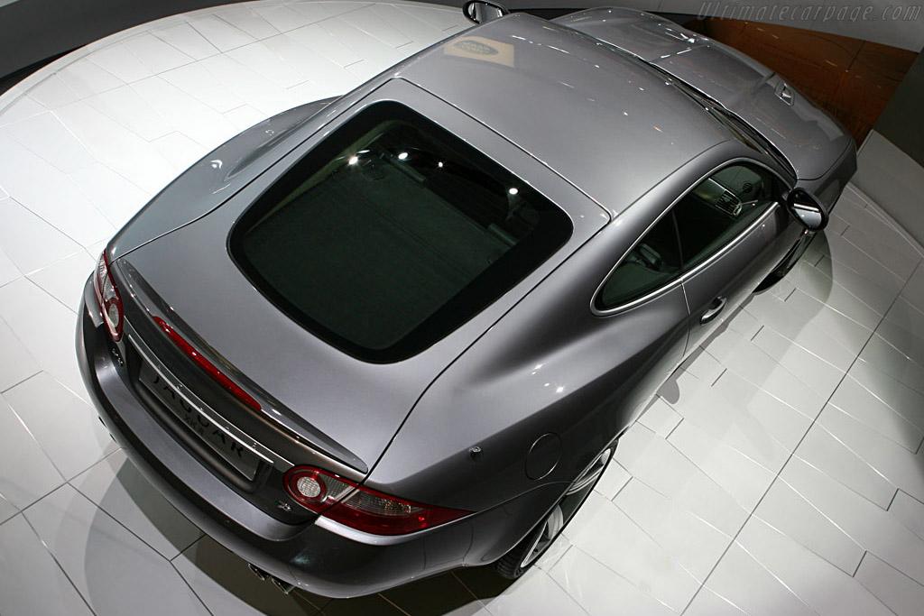 Jaguar XKR    - 2006 Mondial de l'Automobile Paris