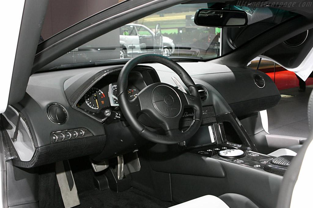 Lamborghini Murcielago LP640 Versace    - 2006 Mondial de l'Automobile Paris