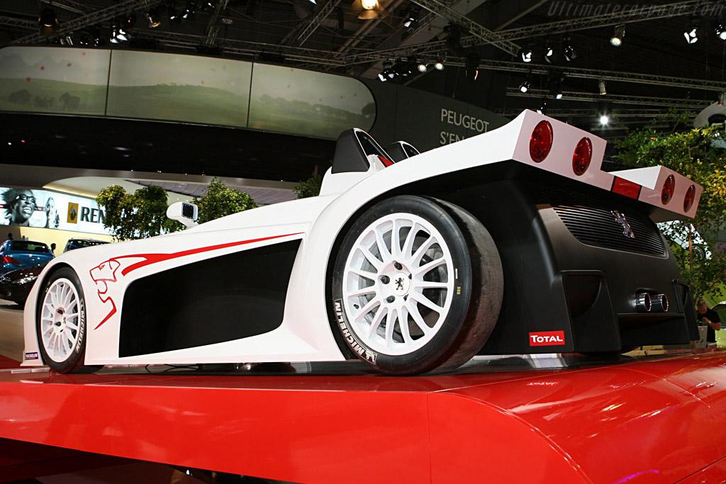 Peugeot Spider 207    - 2006 Mondial de l'Automobile Paris