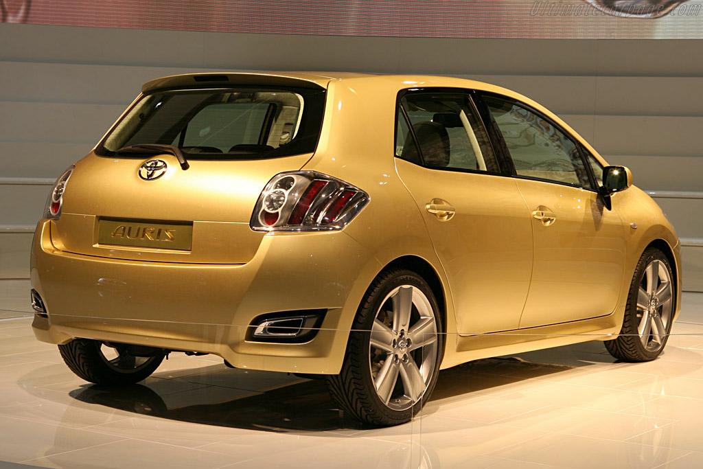 Toyota Auris Concept    - 2006 Mondial de l'Automobile Paris