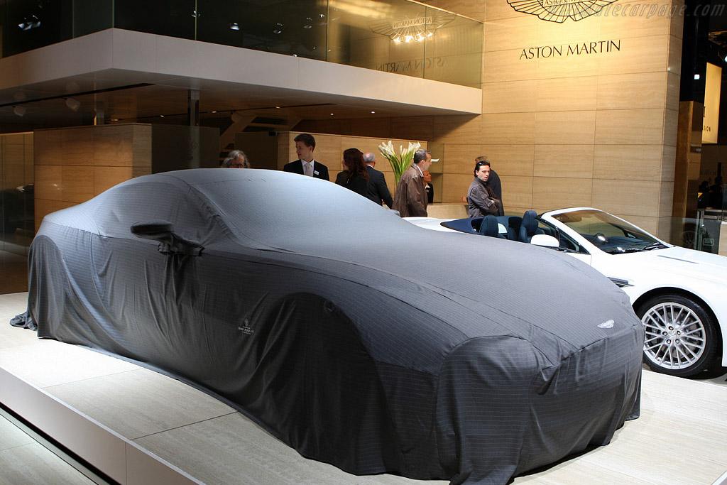 Aston Martin One-77    - 2008 Mondial de l'Automobile Paris