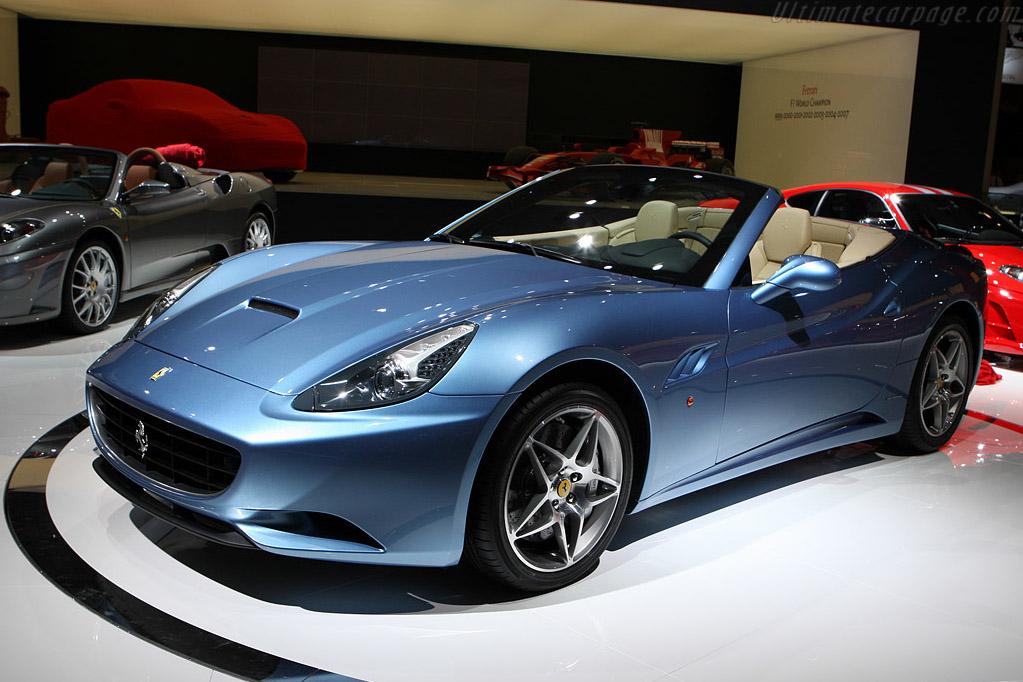 Ferrari California    - 2008 Mondial de l'Automobile Paris