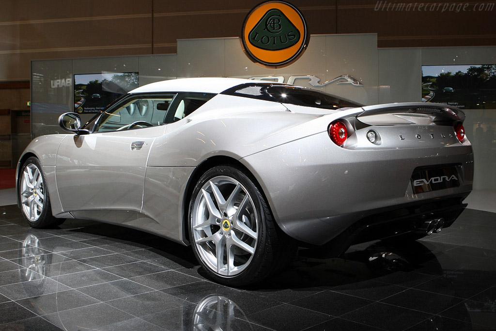 Lotus Evora    - 2008 Mondial de l'Automobile Paris