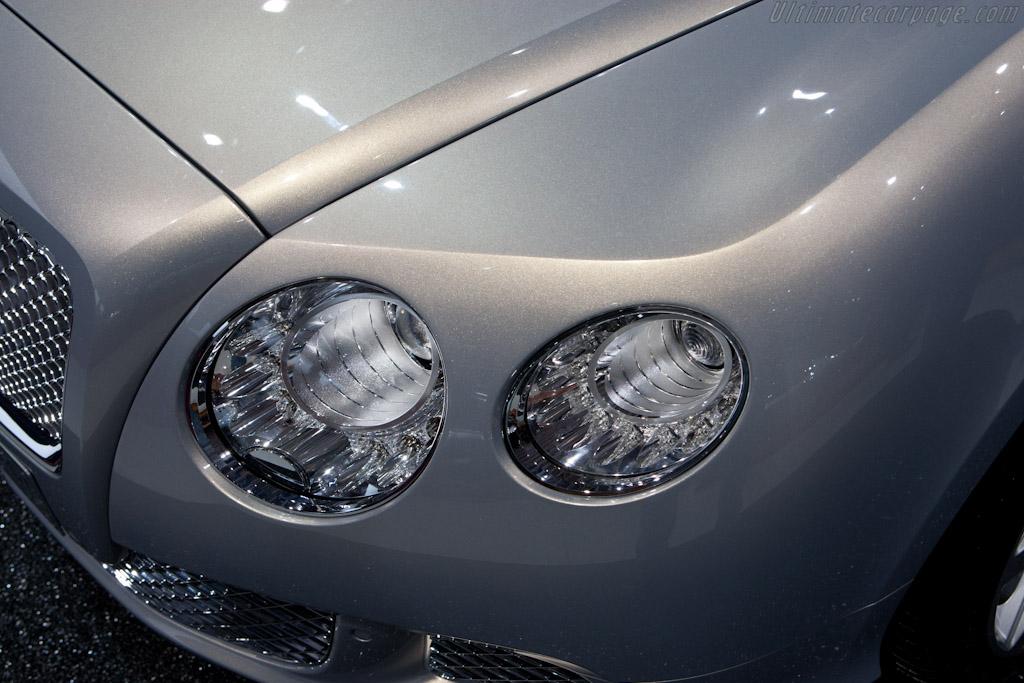 Bentley Continental Gt 2010 Mondial De L Automobile Paris