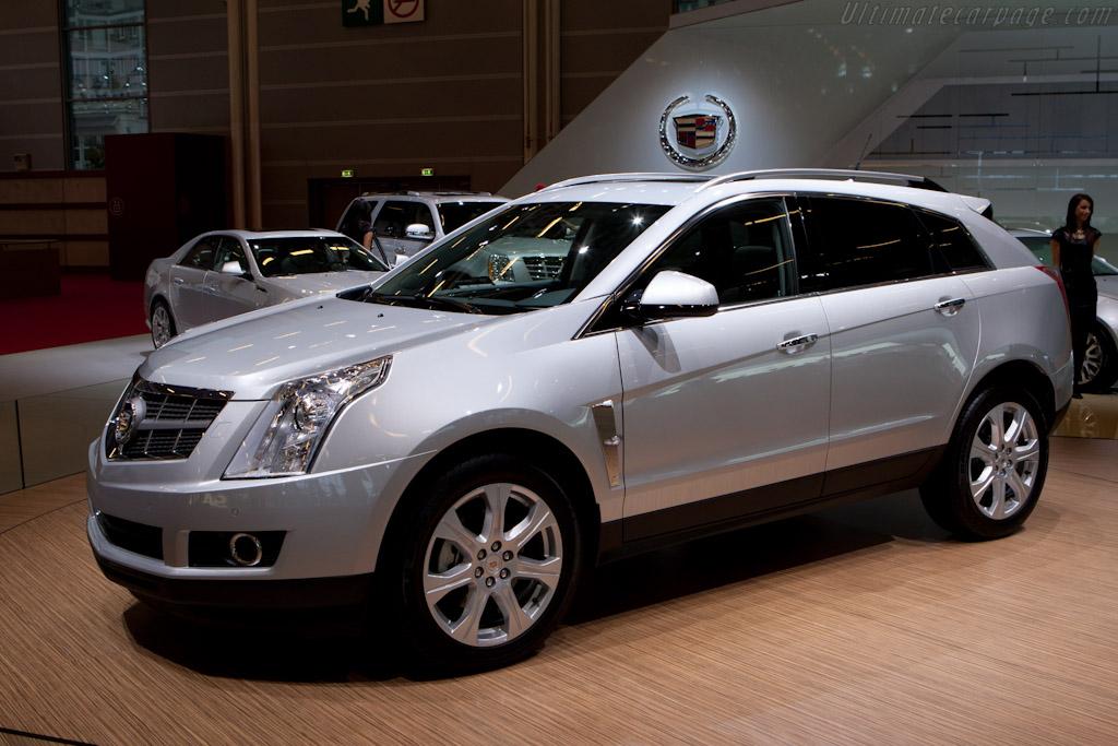 Cadillac SRX    - 2010 Mondial de l'Automobile Paris