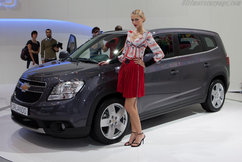Chevrolet Orlando    - 2010 Mondial de l'Automobile Paris