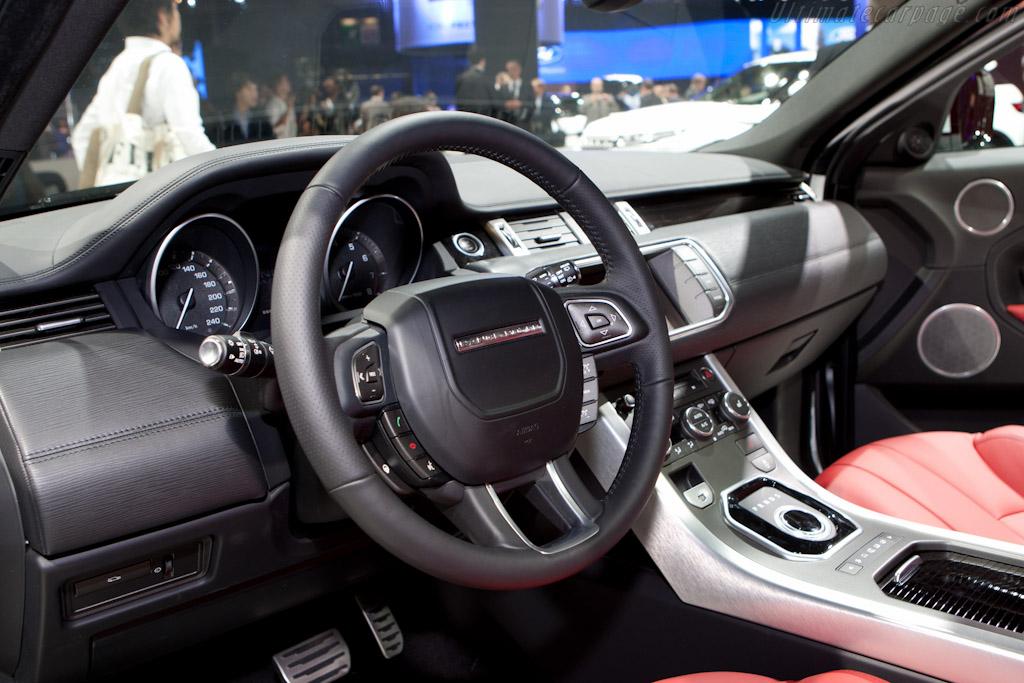 Land Rover Evoque    - 2010 Mondial de l'Automobile Paris