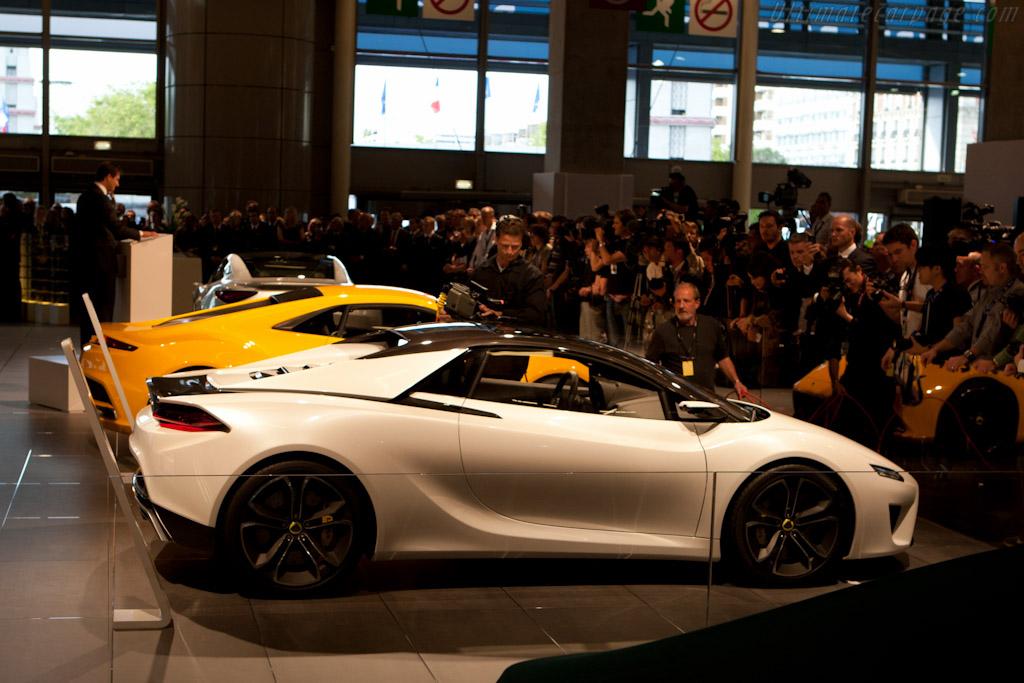 Lotus Elise    - 2010 Mondial de l'Automobile Paris