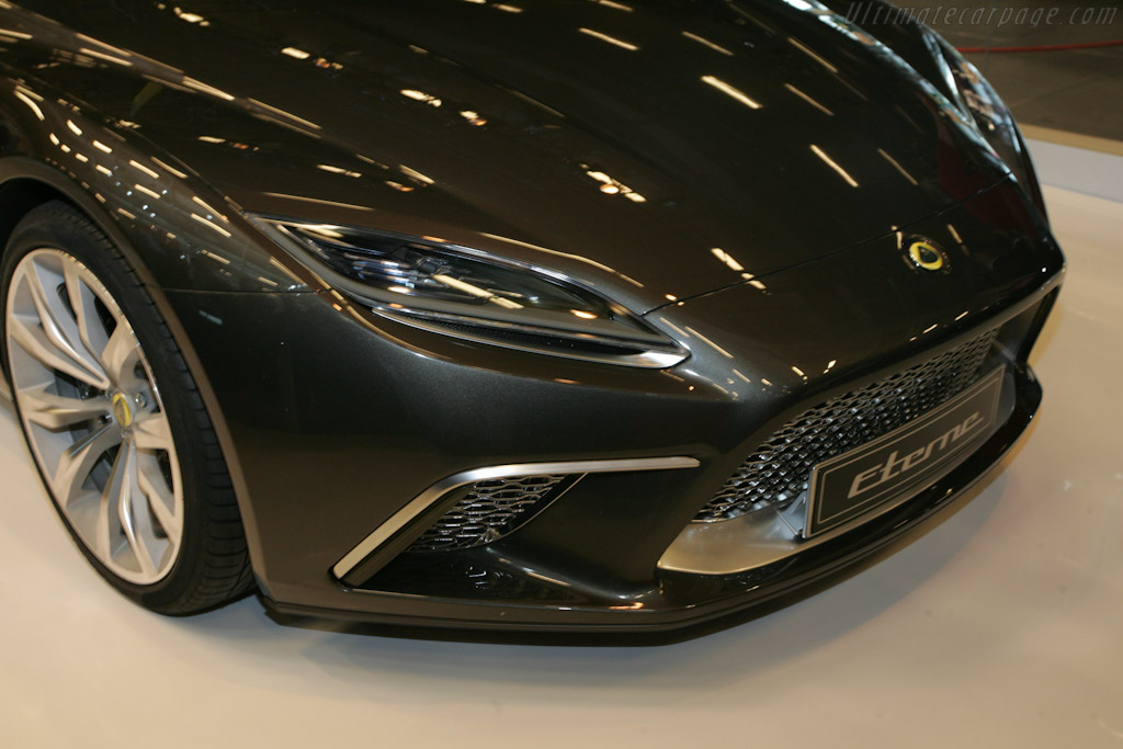 Lotus Eterne    - 2010 Mondial de l'Automobile Paris