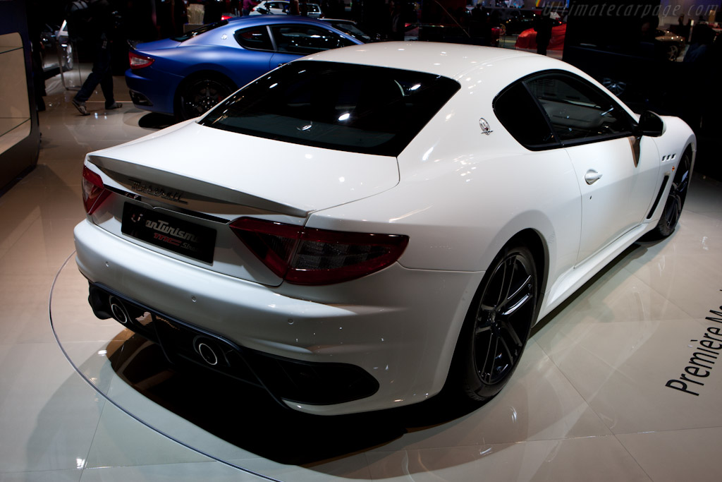 Maserati GranTurismo MC Stradale - 2010 Mondial de l ...