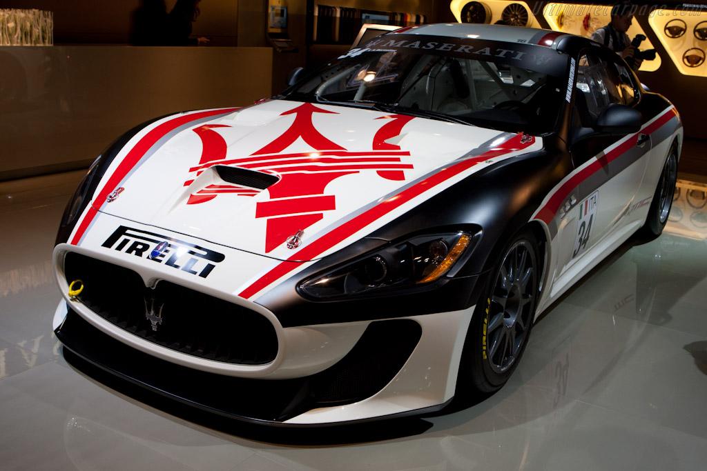Maserati GranTurismo MC Trofeo    - 2010 Mondial de l'Automobile Paris