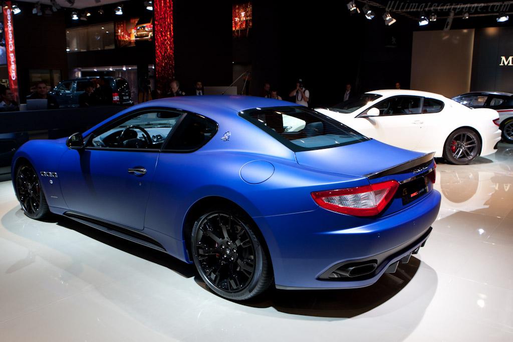Maserati GranTurismo S    - 2010 Mondial de l'Automobile Paris