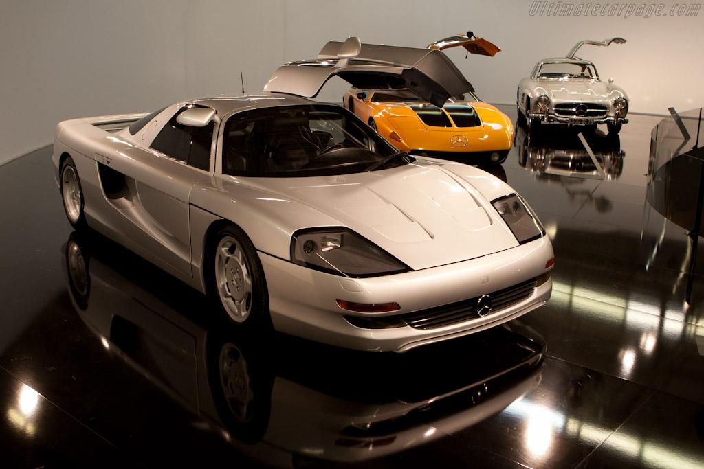Mercedes-Benz Sports Cars    - 2010 Mondial de l'Automobile Paris