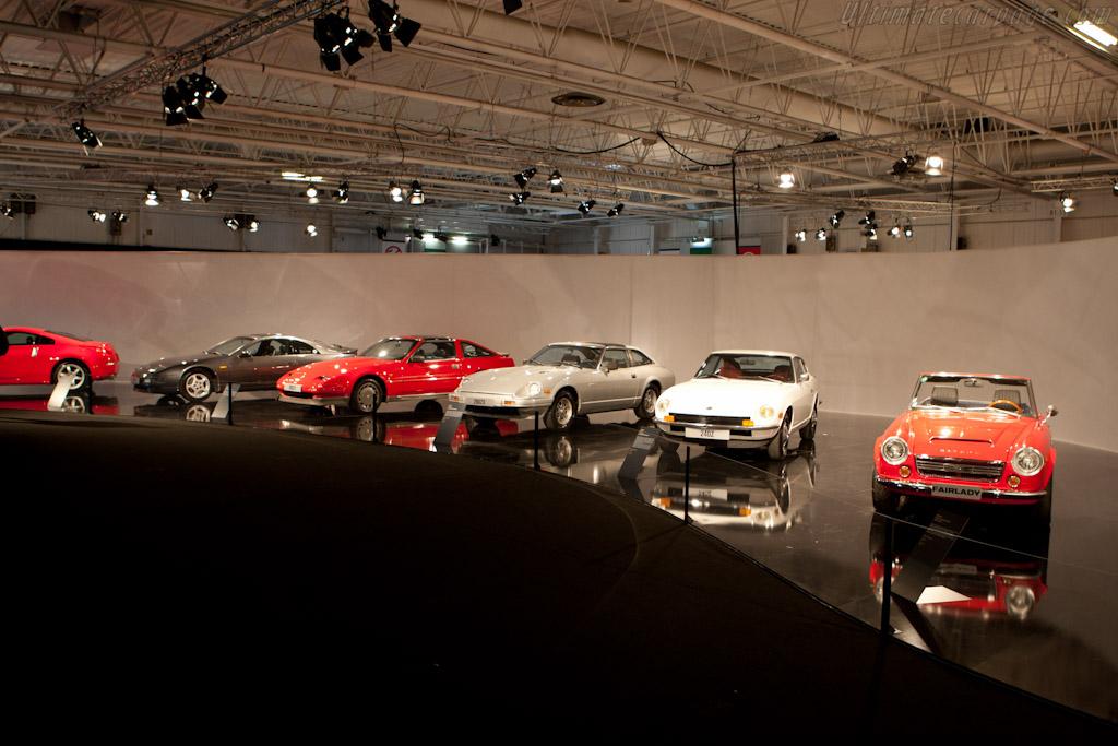 Nissan Sports Cars    - 2010 Mondial de l'Automobile Paris