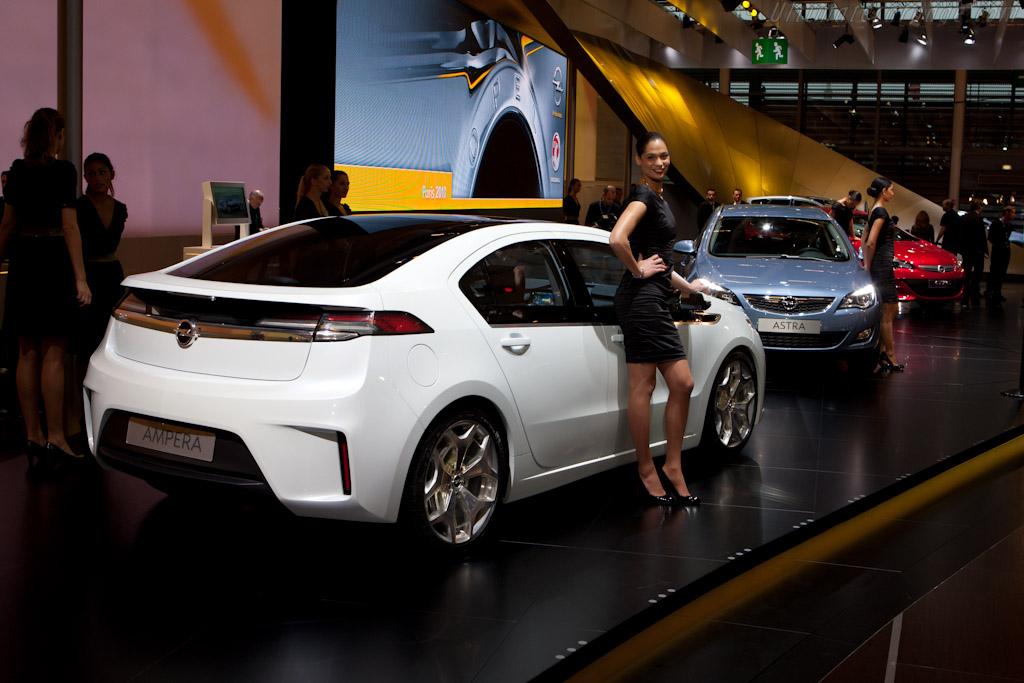Opel Ampera    - 2010 Mondial de l'Automobile Paris