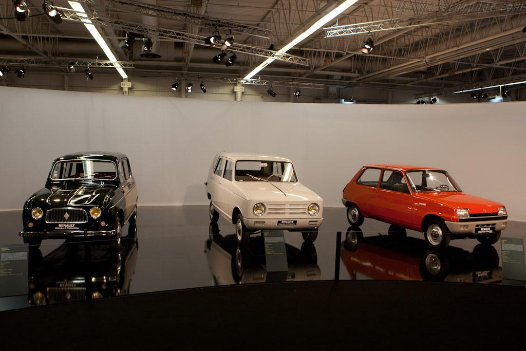 Renaults    - 2010 Mondial de l'Automobile Paris
