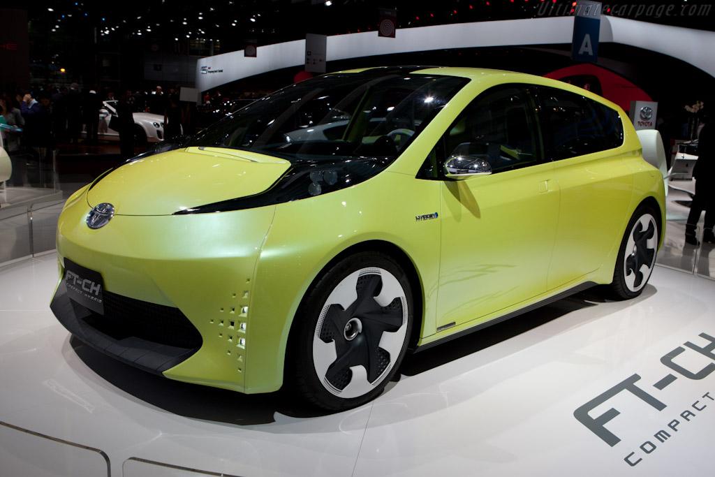 Toyota FT-CH    - 2010 Mondial de l'Automobile Paris