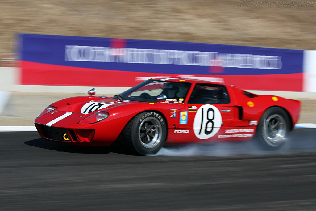 Ford GT40 - Chassis: GT40P/1042   - 2006 Monterey Historic Automobile Races