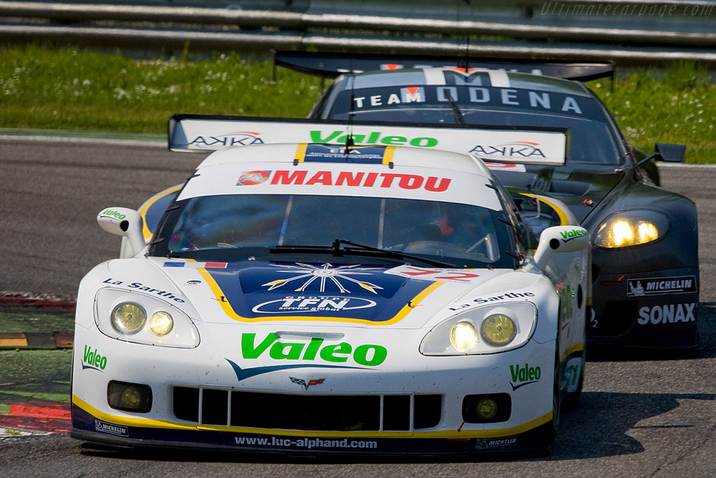 The battle for the GT1 lead - Chassis: 003   - 2008 Le Mans Series Monza 1000 km