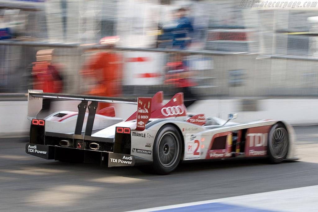The Decisive Pit Stop Chassis 301 2008 Le Mans Series