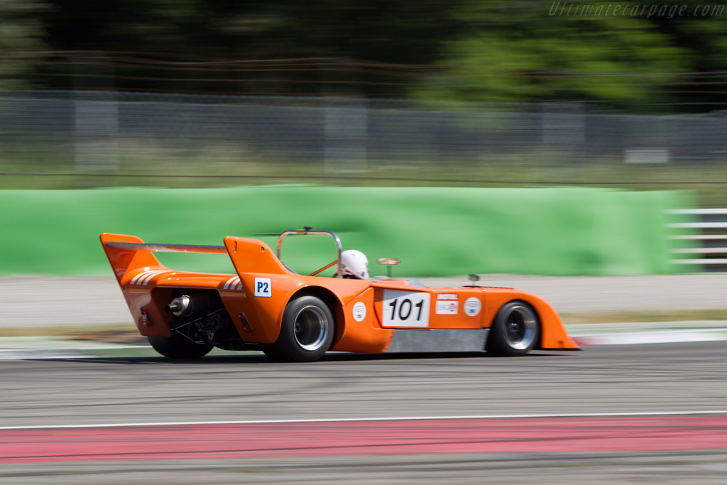 Chevron B31 - Chassis: B31-75-05 - Driver: Douglas Titford / Trevor Reeves  - 2015 Monza Historic