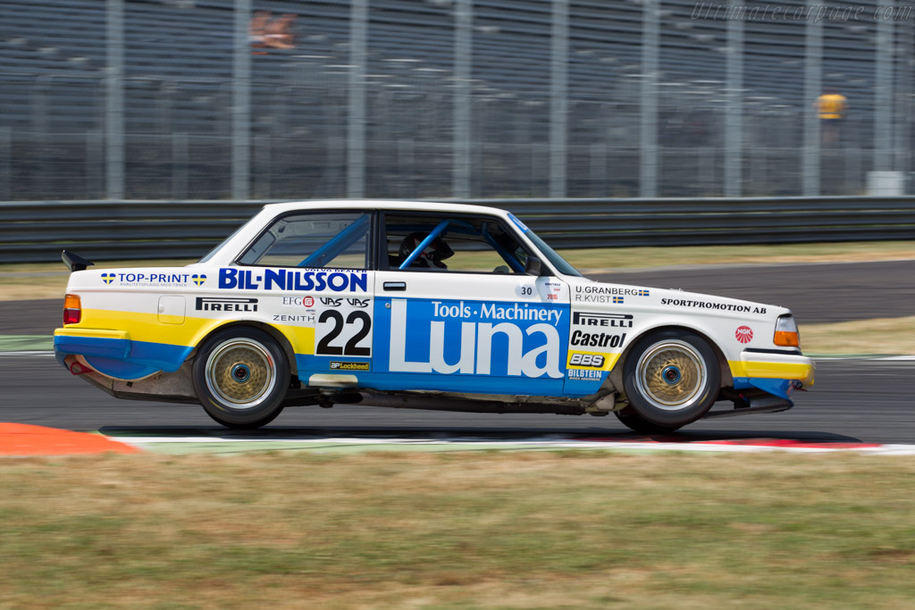 Volvo 240 Turbo - Chassis: 240A 403 - Driver: Andrew Beverley  - 2015 Monza Historic