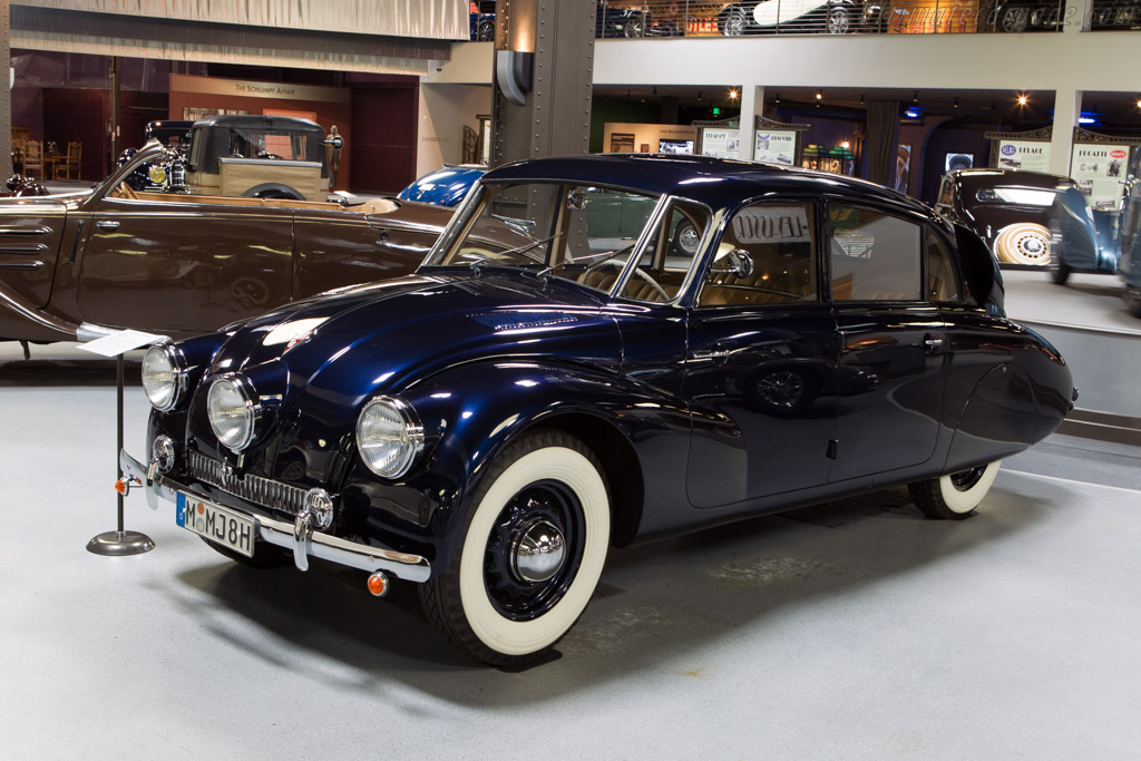 Tatra T87 - Chassis: 46089   - Mullin Automotive Museum