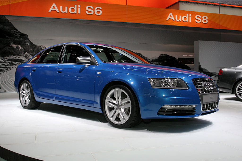 Audi S6    - 2006 North American International Auto Show (NAIAS)