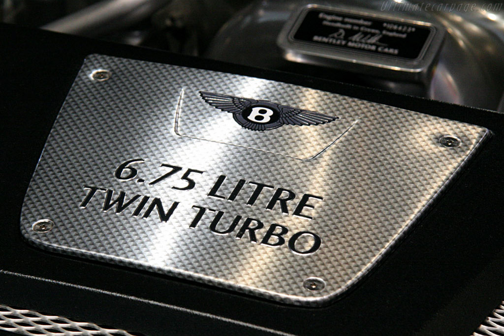Bentley Azure    - 2006 North American International Auto Show (NAIAS)