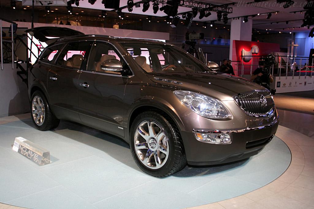 Buick Enclave Concept    - 2006 North American International Auto Show (NAIAS)