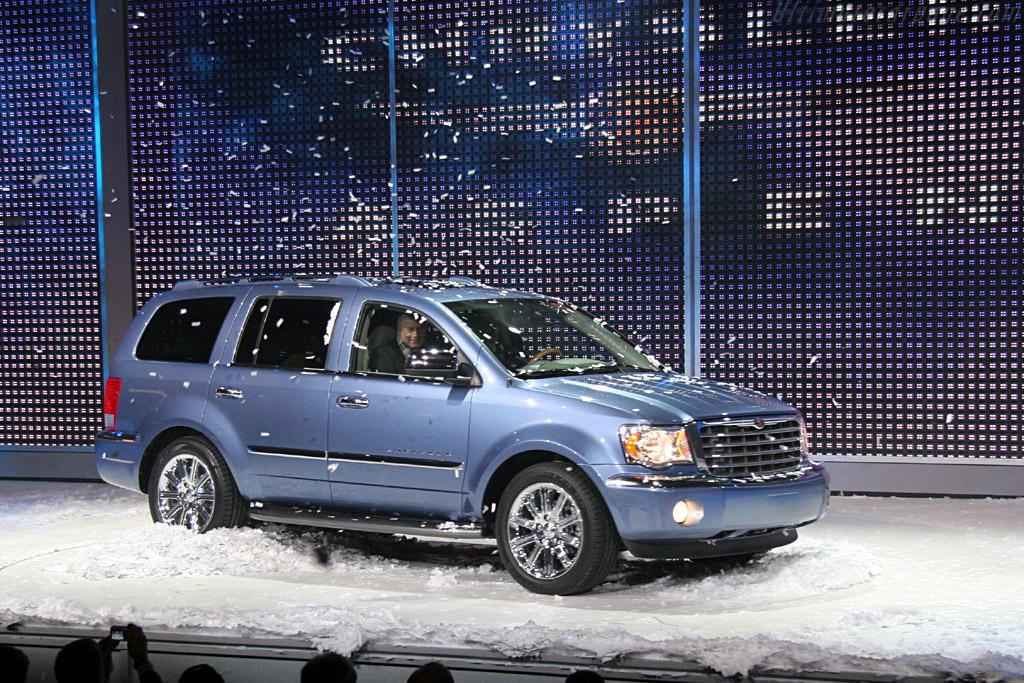 Chrysler Aspen    - 2006 North American International Auto Show (NAIAS)