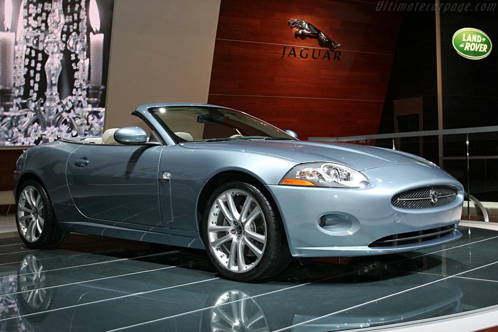 jaguar xk convertible 2006 north american international auto show naias. Black Bedroom Furniture Sets. Home Design Ideas