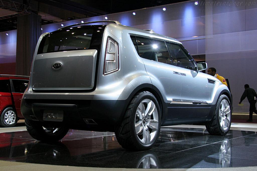 Kia Soul Concept    - 2006 North American International Auto Show (NAIAS)
