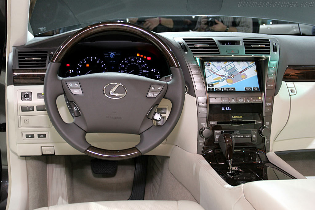 lexus ls460 2006 north american international auto show naias. Black Bedroom Furniture Sets. Home Design Ideas