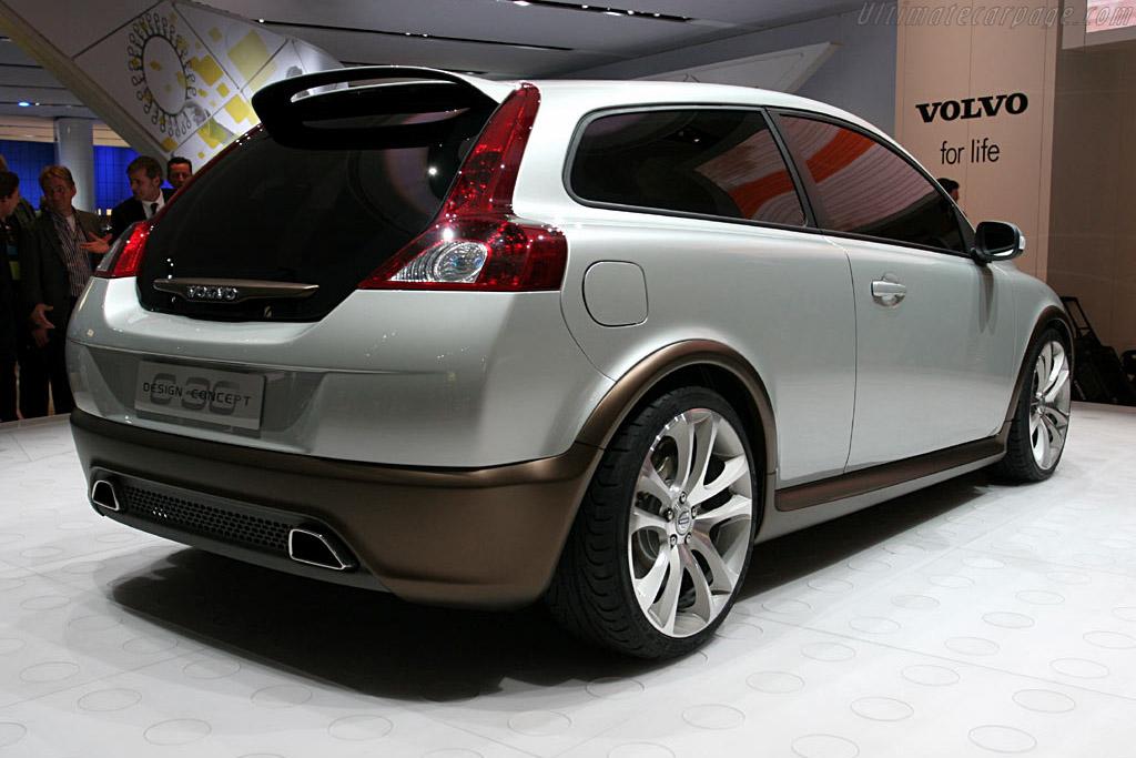 Volvo C30 Concept    - 2006 North American International Auto Show (NAIAS)