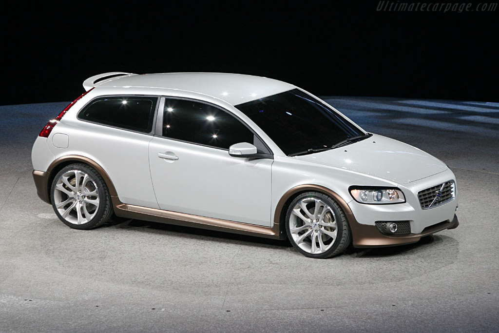 Volvo C30 Concept    - 2006 North American International Auto Show (NAIAS)