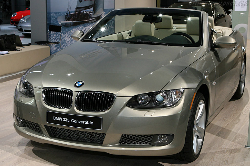 BMW 335i Convertible    - 2007 North American International Auto Show (NAIAS)