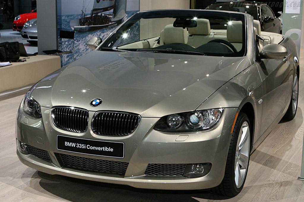 BMW 335i Convertible    - 2007 North American International Auto Show (NAIAS)