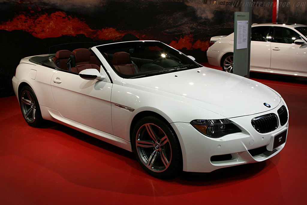 BMW M6 Convertible    - 2007 North American International Auto Show (NAIAS)