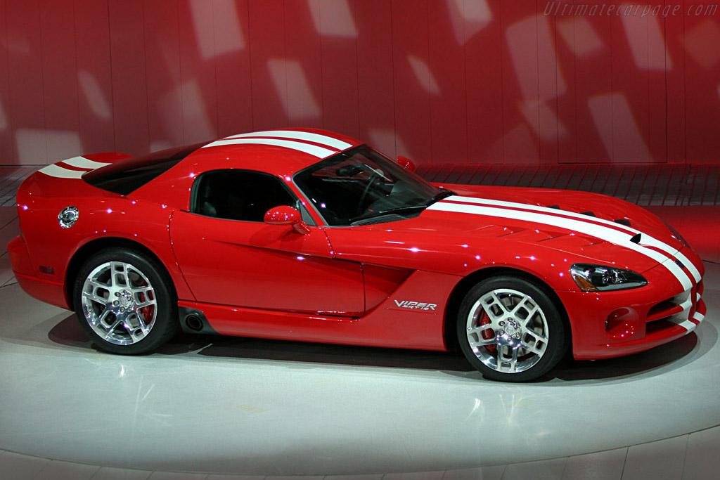 Dodge Viper SRT-10 Coupe    - 2007 North American International Auto Show (NAIAS)