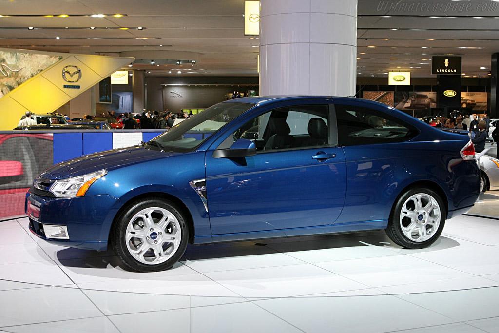 Ford Focus    - 2007 North American International Auto Show (NAIAS)