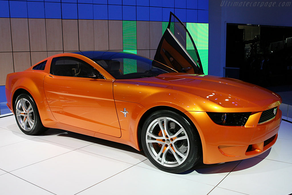 Ford Mustang by Giugiaro    - 2007 North American International Auto Show (NAIAS)