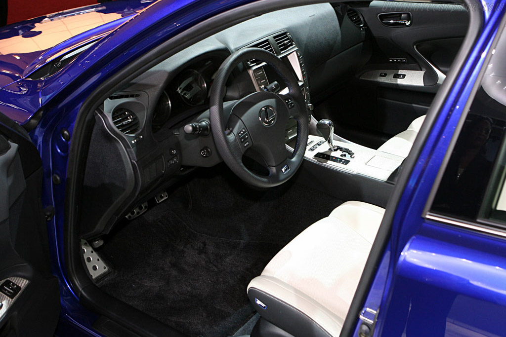 Lexus LS-F    - 2007 North American International Auto Show (NAIAS)