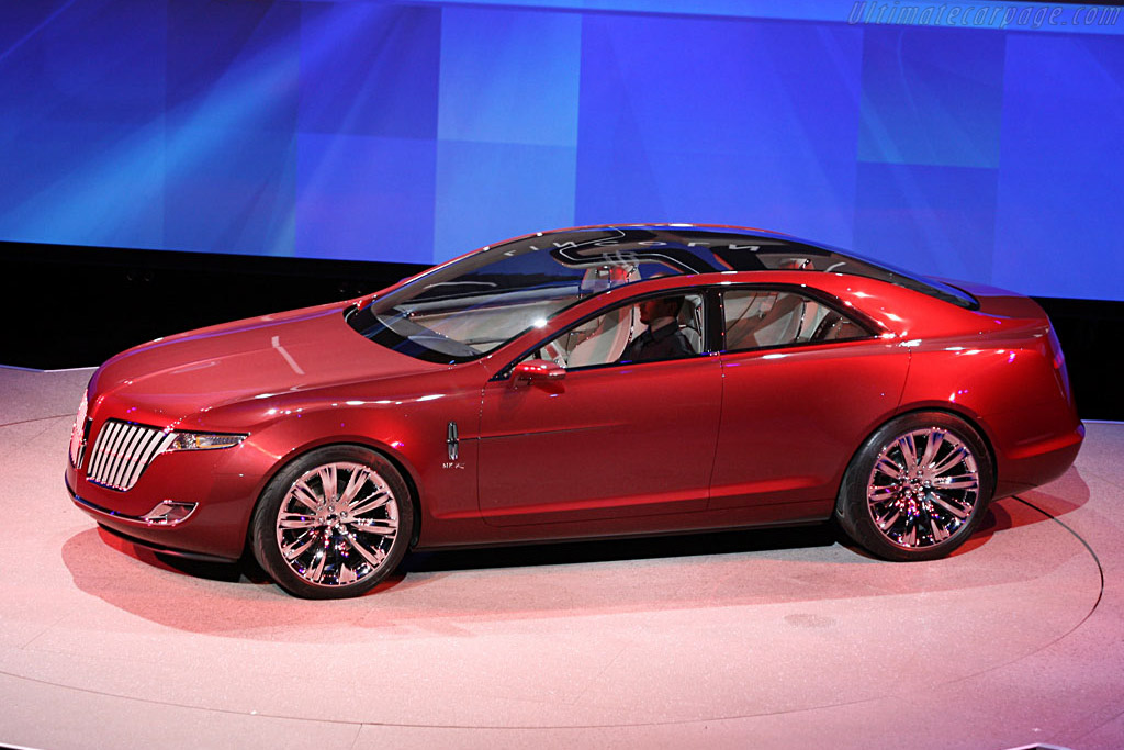 https://www.ultimatecarpage.com/images/gallery/naias2007/Lincoln-MKR-Concept-117799.jpg