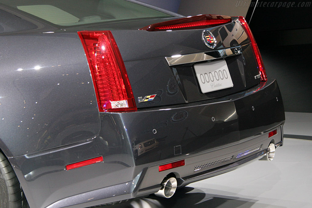 Cadillac CTS-V    - 2008 North American International Auto Show (NAIAS)