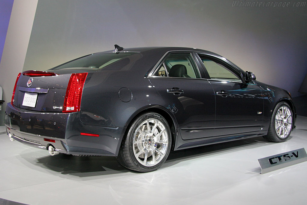 Cadillac CTS-V    - 2008 North American International Auto Show (NAIAS)