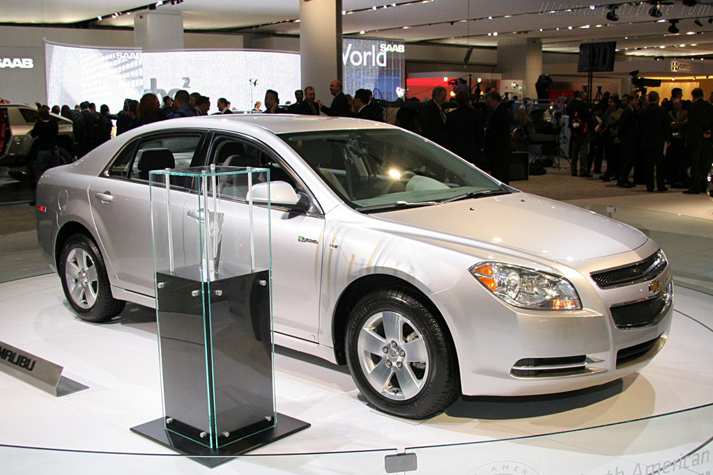 Chevrolet Malibu (Car of the Year)    - 2008 North American International Auto Show (NAIAS)