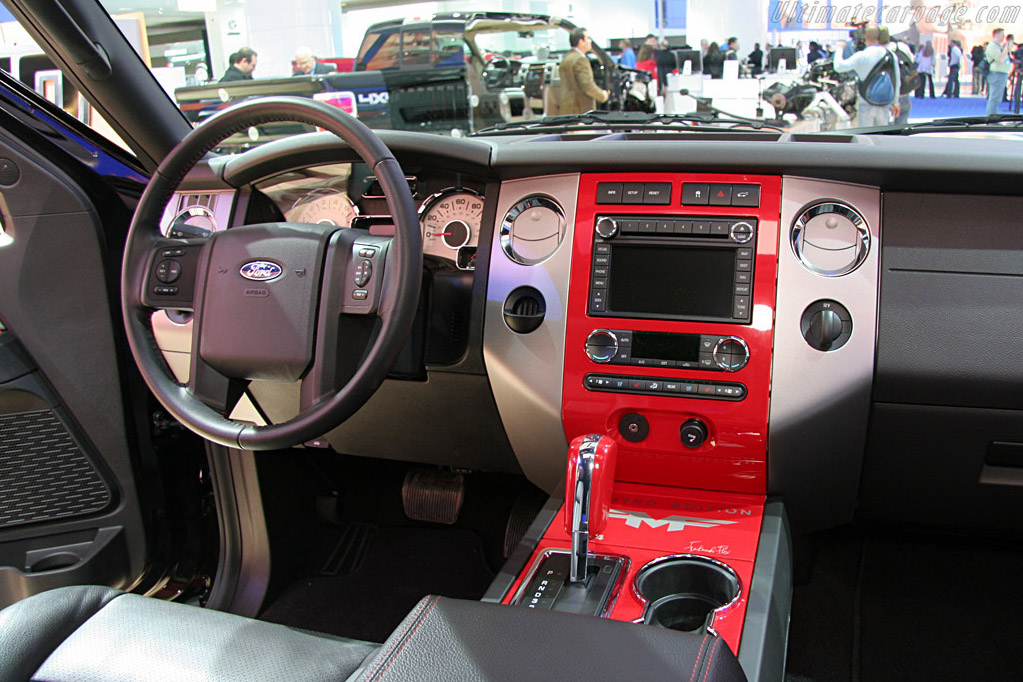 Ford Expedition 'Funkmaster Flex'    - 2008 North American International Auto Show (NAIAS)