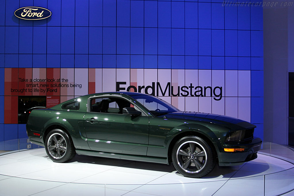 Ford Mustang Bullitt    - 2008 North American International Auto Show (NAIAS)